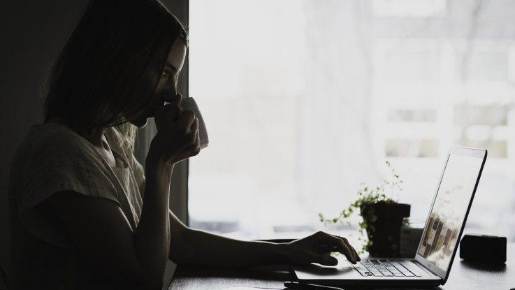Licht bei der Büroarbeit - Das sollten Sie Wissen